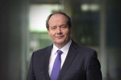 Staatssecretaris: transitie naar elektrisch rijden heeft grote klimaatvoordelen