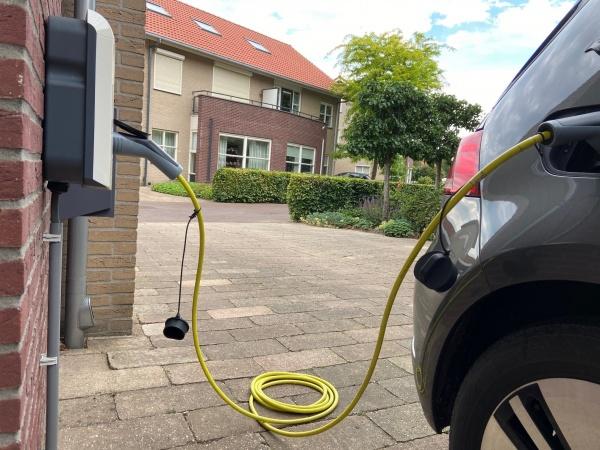 Samenloop tussen particuliere EV-subsidie en ondernemingsvermogen niet mogelijk